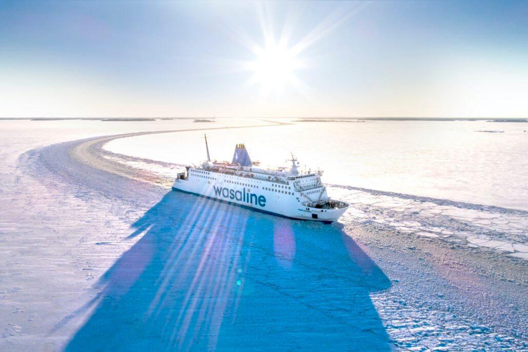 The ferry Wasaline trafficing kvarken